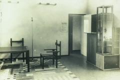 Vue du salon, exposition 1923 (meubles de Marcel Breuer)