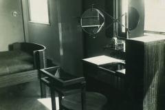 Vue de la Chambre de madame, exposition 1923 (meubles de Marcel Breuer)