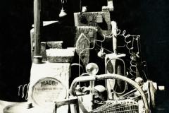 Assemblage de divers matériaux et objets, auteur inconnu, 1919-1923